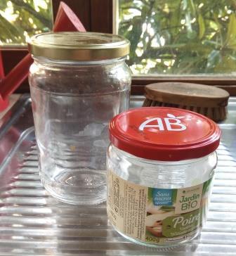 Récup «de la mer» d'une bouteille en verre